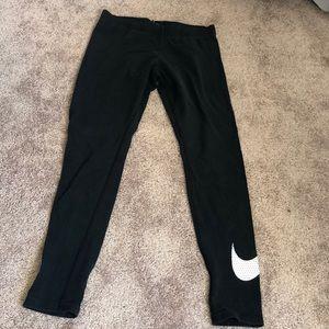 Nike leggings. Size medium. Worn.